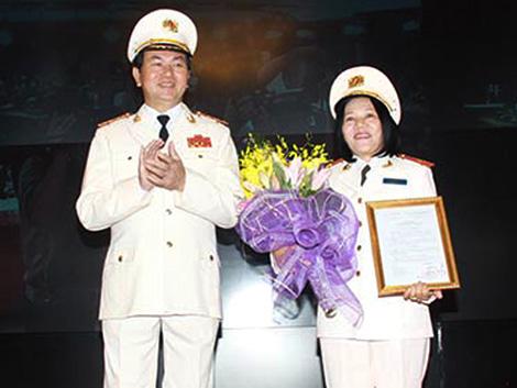 Nữ tướng Công an nhân dân đầu tiên